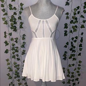 Woman's Tobi White Mini Flowy Dress S